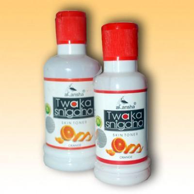 Akansha Twaka Snigdha Orange : Skin Toner 100 ml