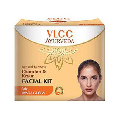 VLCC Chandan & Kesar Facial Kit