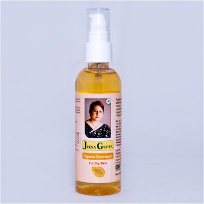 Jeesa Gupta Papaya Facewash For Dry Skin